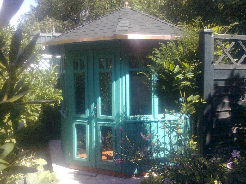 gartenpavillon gey aus holz zum wohlf hlen vom. Black Bedroom Furniture Sets. Home Design Ideas